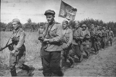 1-35-scale-resin-figure-kit-ww2-russian-officer-kursk-1943-[2]-7839-p.jpg