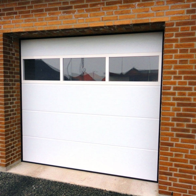 гаражные-ворота-с-панорамным-окном